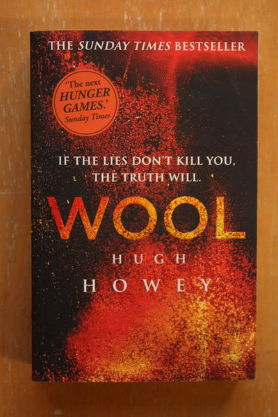 Wool trilogy - Hugh Howey (käytetty)