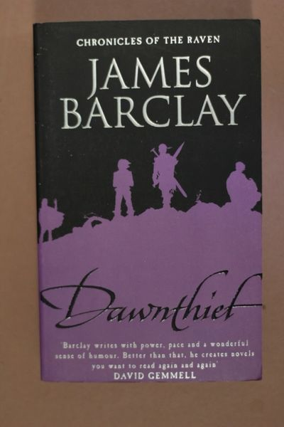 Dawnthief ,James Barclay (käytetty)