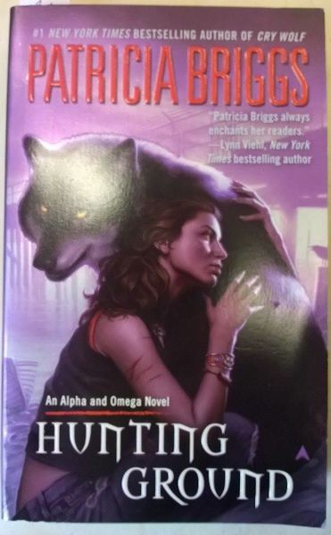 Patricia Briggs: Hunting Ground (käytetty)