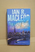 The Light Ages - Ian R. MacLeod (käytetty pokkari)